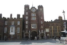 10 of the Best Tudor Historical Sites You Can See in Britain St James's Palace, Palace London, Royal Palace, Elizabeth Ii, Saint Sylvestre, Royal Residence, Le Palais, Windsor Castle, Prince Harry