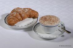 Cornetto e cappuccino