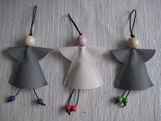 SINULLE: Heijastellen! Diy Angels, Sewing Projects, Projects To Try, Diy And Crafts, Arts And Crafts, Rose Gift, Handicraft, Decorative Bells, Bag Making