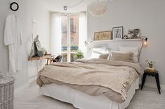 Scandinavian Bedroom Design Scandinavian style is one of the most popular styles of interior design. Although it will work in any room, especially well . Home Bedroom, Bedroom Decor, Bedroom Ideas, Bedroom Apartment, Apartment Ideas, Bedroom Lighting, Master Bedroom, Bedroom Colors, Bedroom Simple