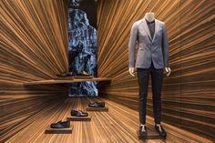 Martino Gamper, nouveau designer des vitrines Prada http://journalduluxe.fr/prada-martino-gamper/