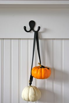 gorgeous, simple hanging pumpkins