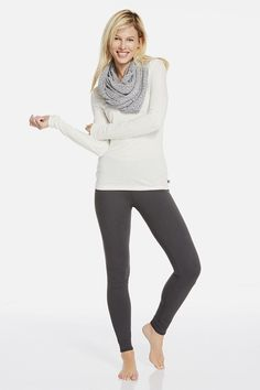 Elevate your off-duty look to happy hour status by adding a metallic shrug to a basic long sleeve tee and high-performance leggings. | Ginger outfit - Fabletics