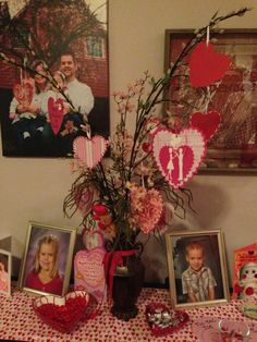 Valentine tree with cute sayings for the whole fam :)