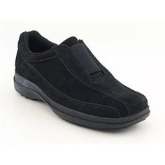 black walking shoe