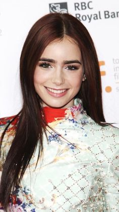 Lily Collins ♥ love the hair color