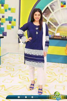 Biggest Women S Fashion Brands Pakistani Cape Dresses, Pakistani Dress Design, Pakistani Outfits, Salwar Dress, Anarkali, Kids Party Wear Dresses, Kids Dress Wear, Dresses Kids Girl, Sleeves Designs For Dresses