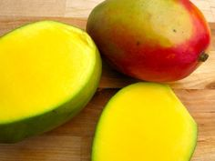 If you're a regular reader it's likely that you know how much I love flans! As I 've mentioned before, flan is a popular dessert in Colombia and we have many Tamarindo, Mango Recipes, Healthy Recipes, Eat Healthy, Colombian Food, Colombian Desserts, Colombian Recipes, Delicious Desserts, Dessert Recipes
