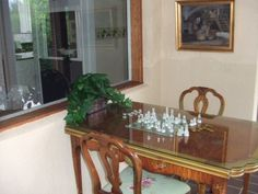 games Glass Room, Entryway Tables, Games, Furniture, Home Decor, Decoration Home, Room Decor, Gaming, Home Furnishings