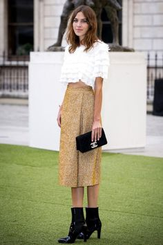 so well done. Alexa in London. #AlexaChung