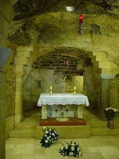 The grotto underneath the Basilica of the Annunciation, in Nazareth, is believed to be the place where the holy family lived.  | Flickr - Photo Sharing!