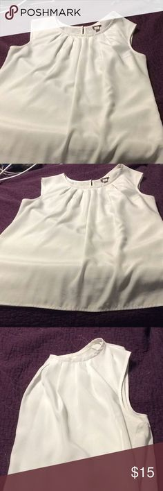 White sleeveless blouse Sleeveless blouse, great for work and smart casual events Merona Tops Blouses