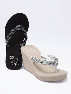 {Wedding dancing shoes} These Victoria's Secret wedges maintains your height while being kind to your toes