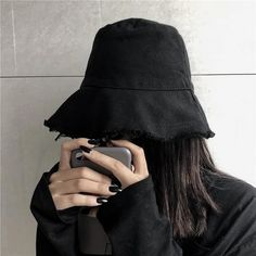 Grunge Look, Style Grunge, Grunge Girl, 90s Grunge, Soft Grunge, Grunge Outfits, Black Grunge, Pastel Grunge, Korean Aesthetic