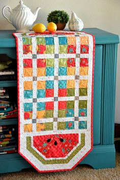 Table Runner And Placemats, Table Runners, Summer Quilts, Pot Holders, Patches, Quilting, Traditional, Blanket, Tablecloths