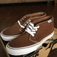 LIMITED EDITION RAY BARBEE  CHUKKA BOOT VANS These are a limited edition shoe. PRICE IS FIRM. One of the best well known skateboarders out there. They only made a few. Only worn inside the house but too big Vans Shoes