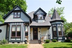 Laughlin House Bed and Breakfast in Bentonville, Arkansas | B Rental