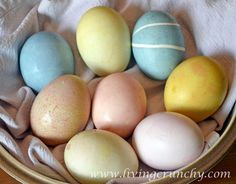 A Teaspoon and A Pinch: Make it From Scratch: Natural Easter Egg Dye!