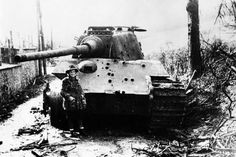 WW2 German TIger II AKA the King Tiger or a rare E-75 with the 100 or 105 mm gun