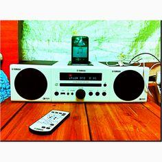 my ipod and yamaha mcr-040  nowdays I like classic style so I like this speake!!