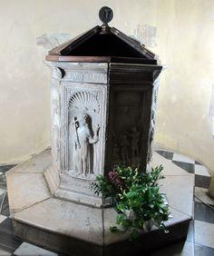 https://upload.wikimedia.org/wikipedia/commons/9/98/Domenico_rosselli,_fonte_battesimale_di_santa_maria_a_monte,_1468,_01.JPG