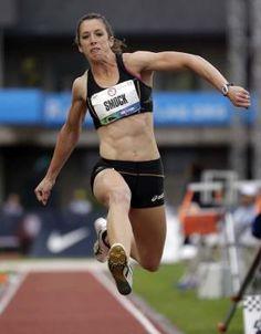 Amanda Smock my current favorite athlete competing in my favorite sport, triple jump! Jumpin' Jack Flash, Triple Jump, Finders Keepers, Sports Women, Smocking, Amanda, Athlete, It Hurts, Running