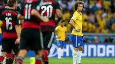 David Luiz no puede creerlo.