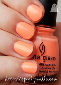 China Glaze Sun Of A Peach (no topcoat)
