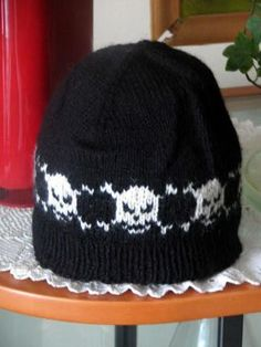 Free knitting pattern - skull hat http://knittwotogether.typepad.com/SkullHat.pdf