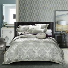 4-Piece MAJESTY Collection Duvet Cover Set