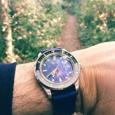 Morning walk to work with the Squale Vintage Master, it's very warm already! #London #watches