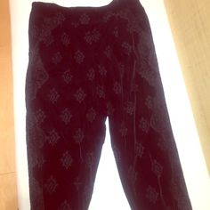 """Free people """"burnout"""" velvet pants Velvet pants with pretty designed burned in. Super comfy and stretchy, runs a bit large. Only worn twice. Free People Pants"""
