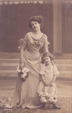 Edwardian Girl with her Mother, 1910.