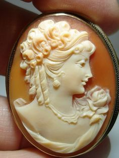 VICTORIAN 14K SOLID GOLD CARVEDSHELLCAMEO  HANDMADE. I use to have one of these.