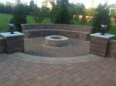 Love the built in bench around the fire pit: raised paver patio monroe nj mason. - Back Yard - Love the built in bench around the fire pit: raised paver pat Fire Pit Backyard, Backyard Patio, Diy Outdoor Furniture, Outdoor Decor, Outdoor Living, Outdoor Spaces, Patio Pictures, Fire Pit Materials, Brick Patios