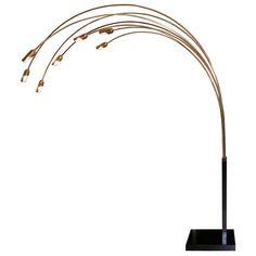 1stdibs.com | Italian Brass & Blackened Steel 7 Arm Floor Lamp