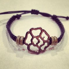 Macrame bracelet with flower by AroundMyWrist on Etsy, $12.00