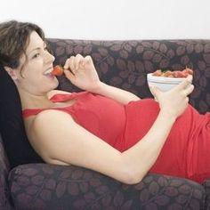 Menú saludable para la semana dieciocho de embarazo. Dieta semanal para embarazadas. Alimentación para la semana 18 de gestación. qué comer durante el embarazo.