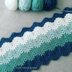 [Easy] 6 day child's blanket - free template - Quick, Easy, Cheap and Free DIY Crafts Crochet Bedspread Pattern, Afghan Crochet Patterns, Baby Blanket Crochet, Baby Patterns, Knitting Patterns Free, Free Pattern, Chevron Blanket, Crochet Crafts, Crochet Projects