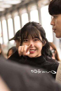 Snsd, Korean Beauty, Asian Beauty, Mamamoo, Cute Animal Memes, Iu Fashion, Korean Star, Foto Pose, Just Girl Things