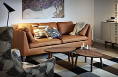 Een vleugje luxe in de woonkamer. STOCKHOLM zetel #IKEABE #woonkamer