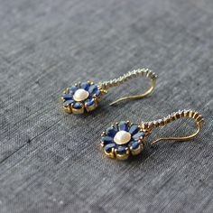 Blue sapphire, with diamonds For office or simple night out