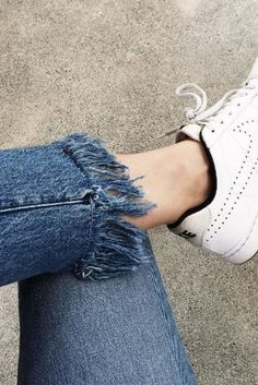DIY Frayed Jeans: How To Fray Your Denim Into Fringed Hem Perfection