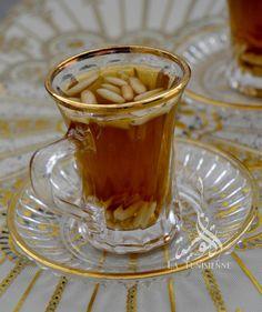 Thé à la menthe et aux pignons | La TunisienneLa Tunisienne