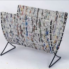 Koszyk na gazety z gazet/ Nice-Shape-Newspaper-Storage-Basket.jpg (400×400)