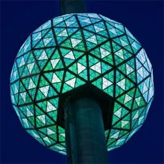 Philips LEDs Light the 2013 Times Square Ball   Raman Media Network