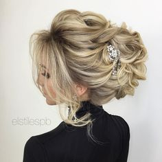 Wedding hair & makeup at @elstilespb  wedding hair ONLINE classes  elstile.teachable.com  use code ✖️ ELINSTA ✖️ to save money ✨ We are serving Los Angeles, Orange County, South California - we travel!  For information and booking: ✨  +1 626.319.9000  elstile.com  e-mail: elstilela@gmail.com  _______________________________________________________ ✔️ hair + makeup starting at $200 ✔️ wedding hair classes starting at $300 ✨✨✨✨✨✨ #bridalmakeup #bridesmaidhair #LAweddings #beautyteam #...