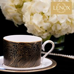 Celebrating the Academy Awards with Marchesa by Lenox | Decorating tips with Ellin Smith. Product featured - Marchesa by Lenox: Mandarin, Mandarin Gold, Pleated Stemware. Lenox Jewelry.