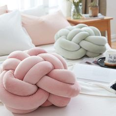 Cheap back cushion, Buy Quality ball cushion directly from China pillow stuffing Suppliers: Vivid Knot Ball Cushion Office Waist Back Cushion Baby Nap Pillow Stuffed Dolls Toys For Kids Store Decor Handmade Pillows, Diy Pillows, Handmade Home Decor, Cushions On Sofa, Floor Pillows, Decorative Pillows, Throw Pillows, Knot Cushion, Knot Pillow