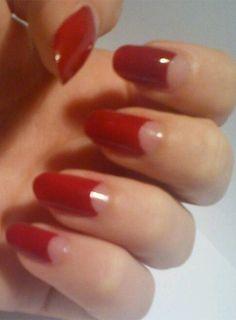 Dita Von Teese beautiful  ..... High glam nails